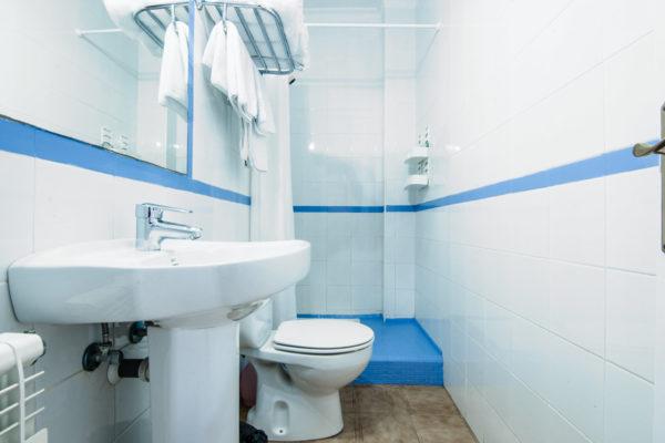 Apartamento cuatro dormitorios baño - Hotel Marazul Mojácar