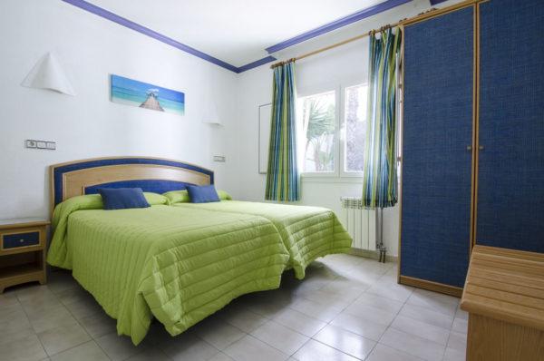 Apartamento de dos habitaciones dormitorio principal - Hotel Marazul Mojácar